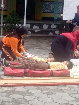 Launching Sekolah Siaga Bencana (SSB) SD N 1 Parangtritis