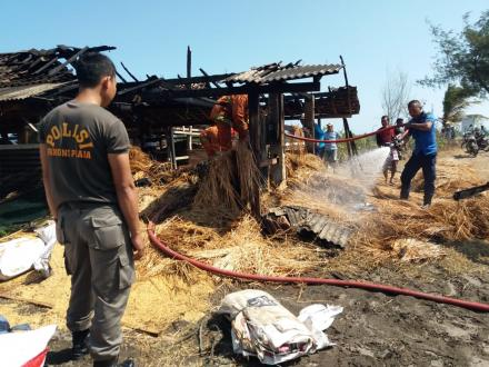Kebakaran Kompleks Kandang Kelompok Sapi Grogol X